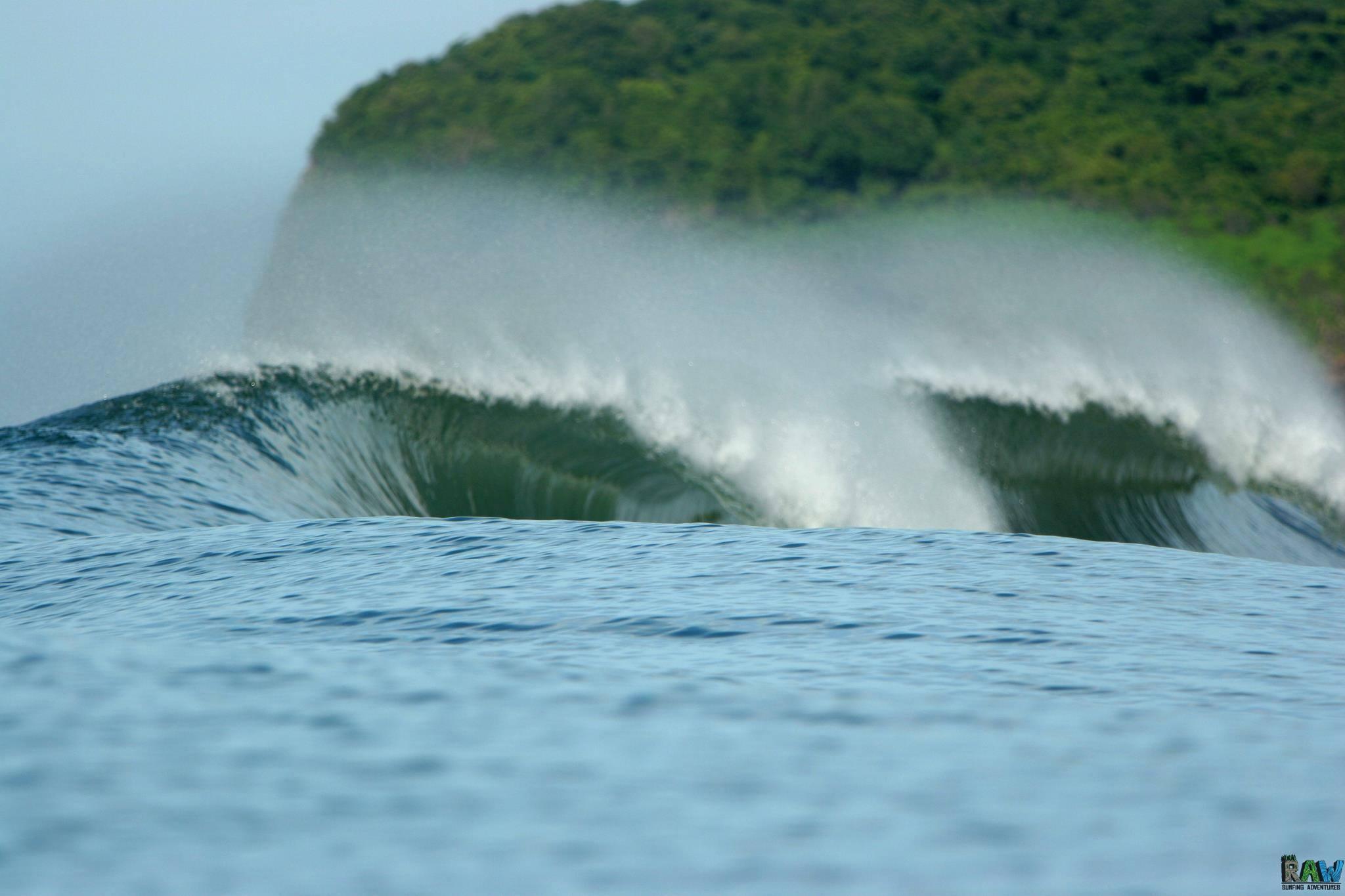 Raw Surf El Salvador Surf Retreat - Raw Surf